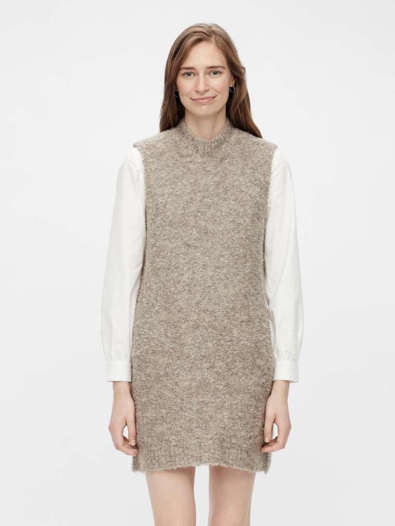 free o-neck mini dress